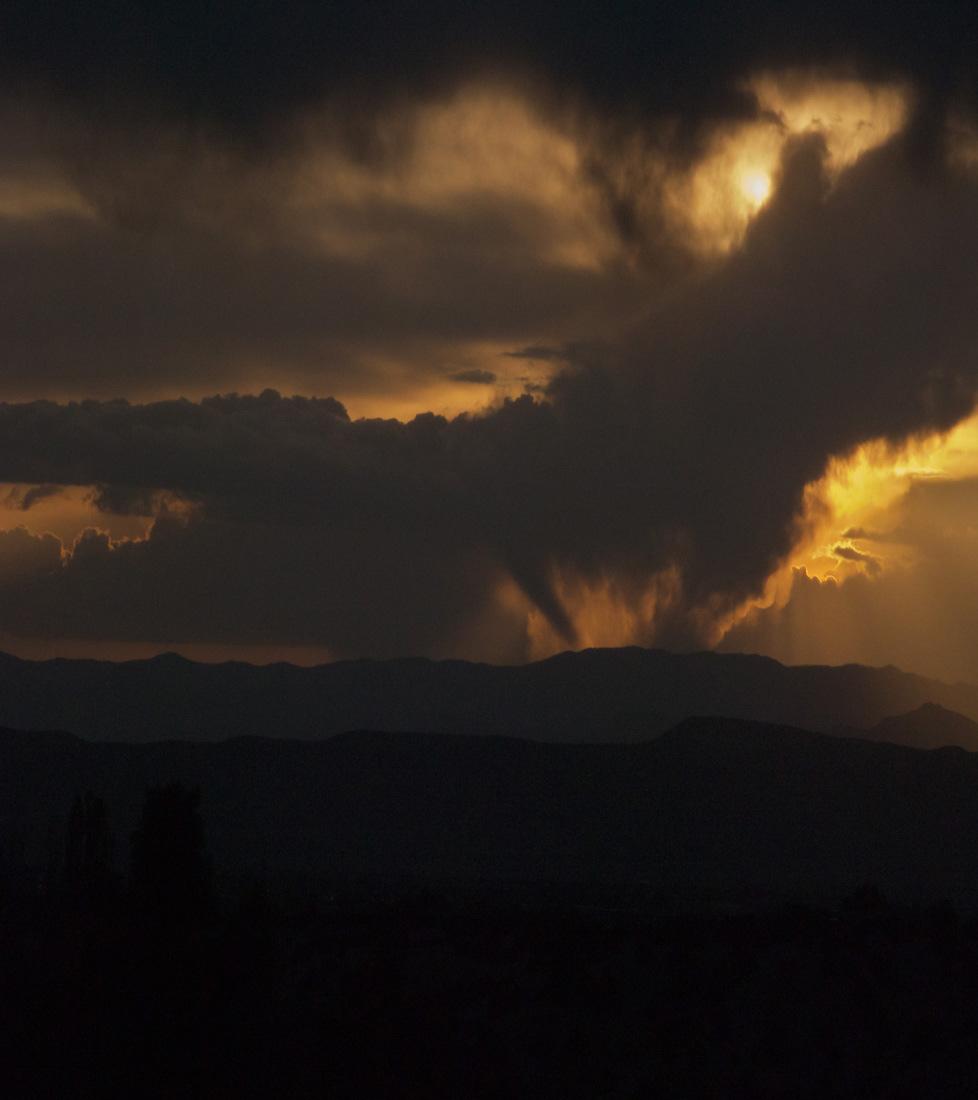 Santa-Fe-Sky-006-2012